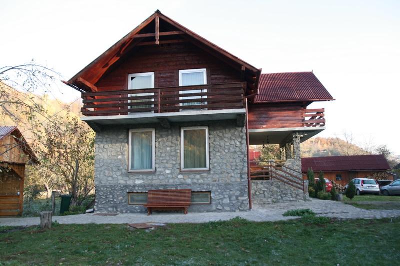 Berag-Valea_Draganului-18.jpg